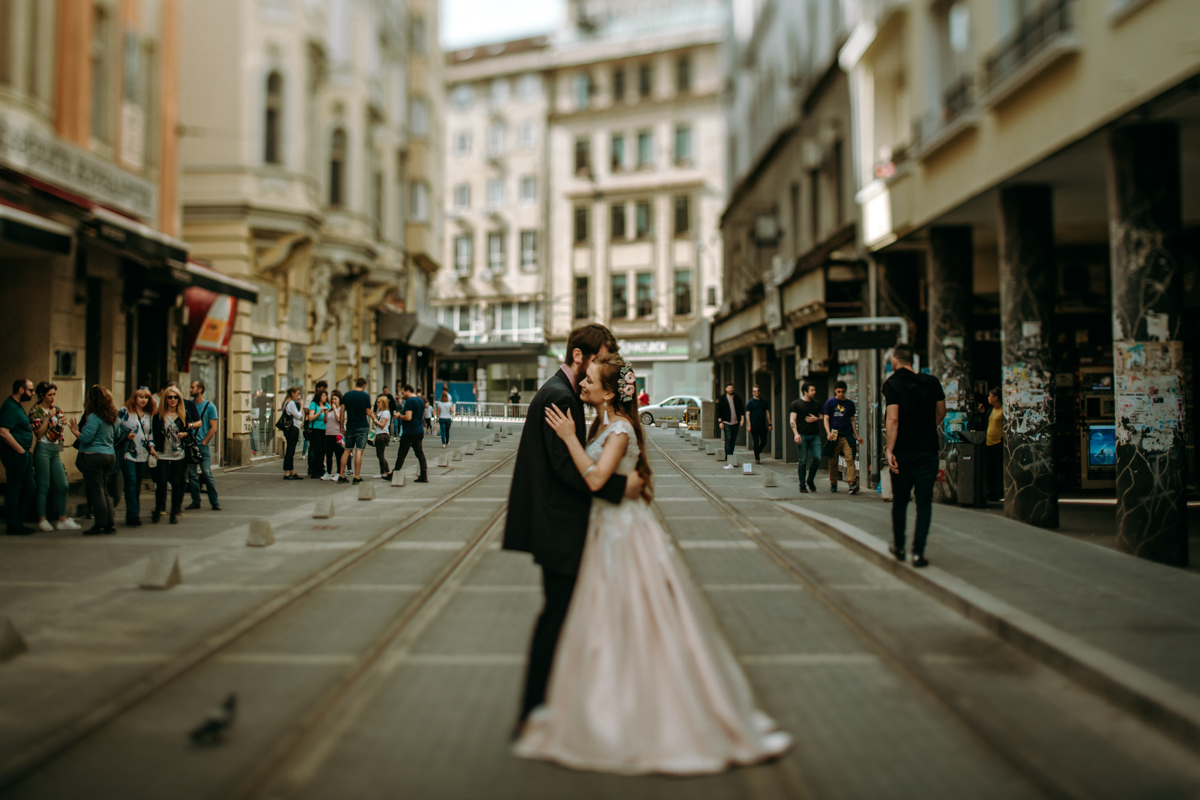младоженци в софия